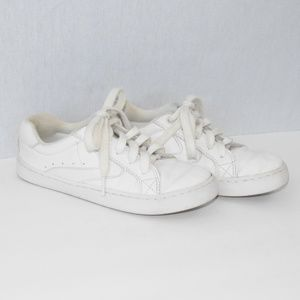 The Children's Place White Lace Up Sneakers